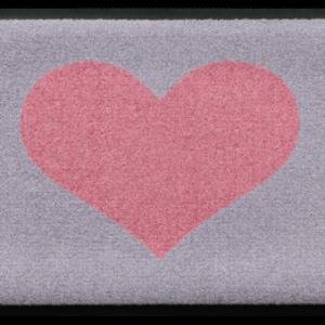 Szívmintás prémium lábtörlő – szürke-rózsaszín