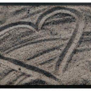 Szívmintás prémium lábtörlő – homokba rajzolt szív